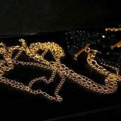 jewellery-restraints-12