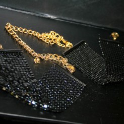 jewellery-restraints-20