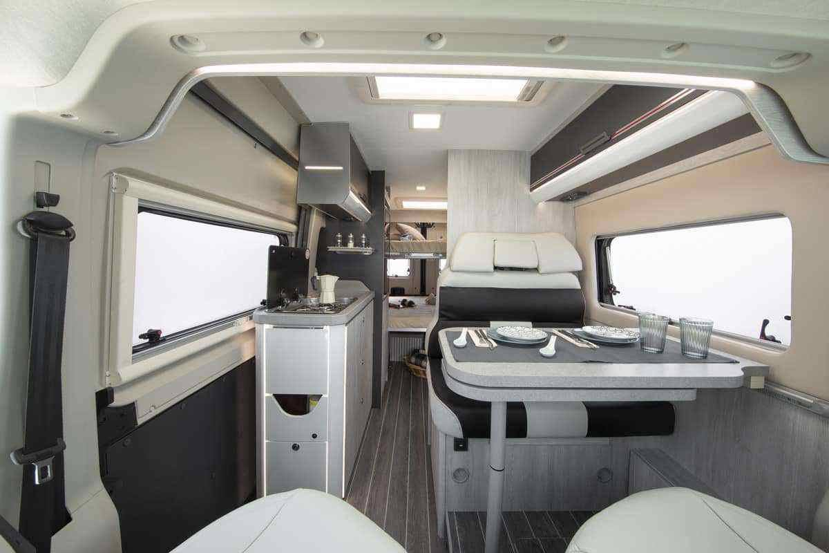 Interieur Buscamper Roller Team Livingstone 5 Advanced Edition