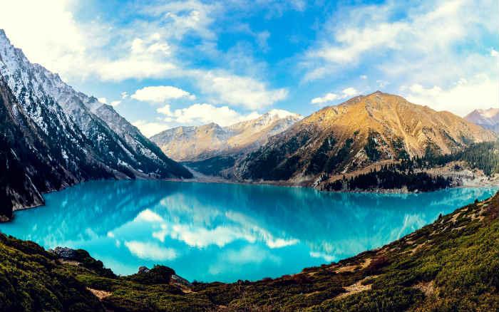 Off Road Cars Hd Wallpapers Big Almaty Lake Caravanistan