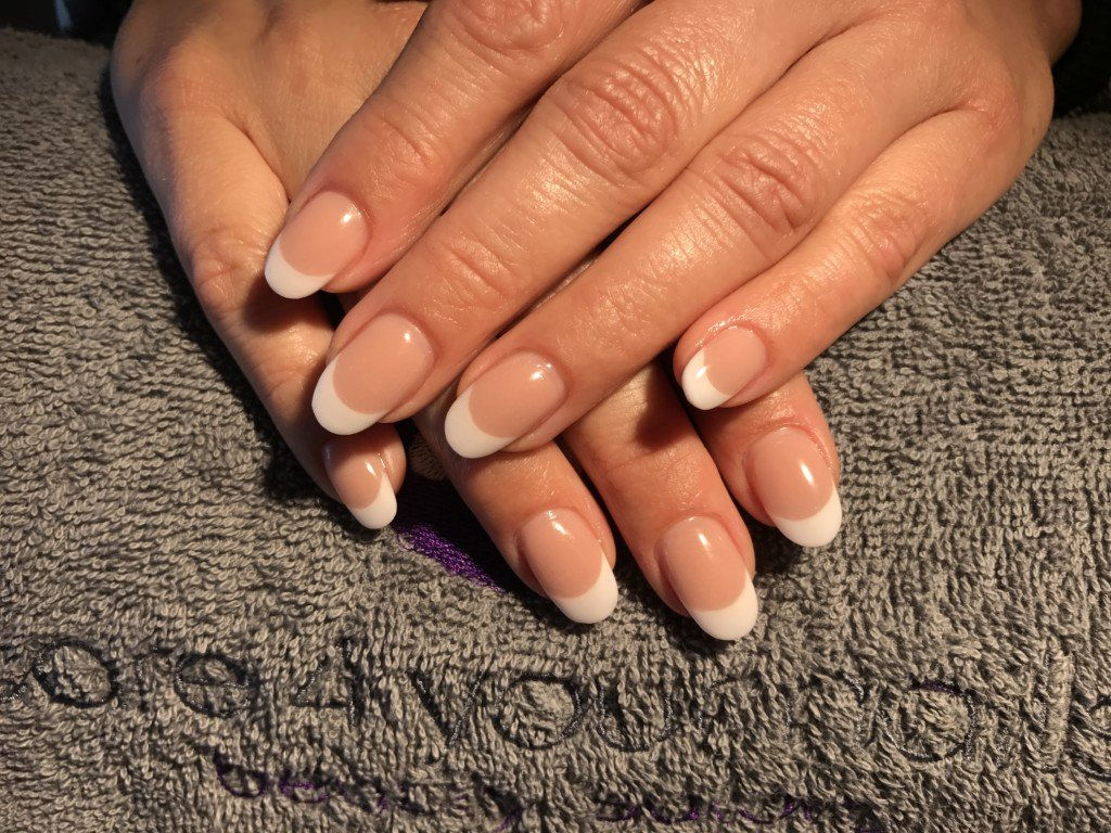 Care 4 Your Nails Beauty Salon Acryl Nagels French Foto 1 Care 4 Your Nails Beauty Salon