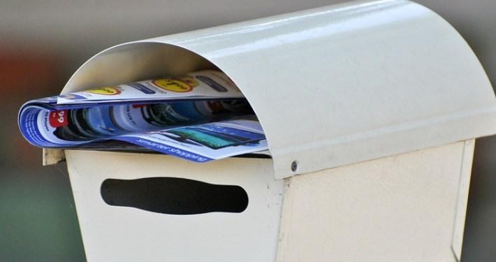 letterbox-211428_128-crop