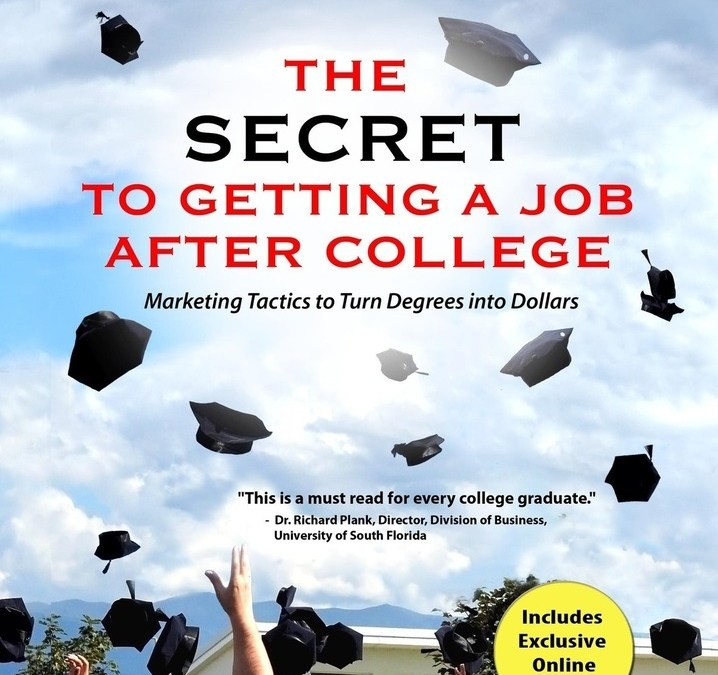 [BOOK REVIEW] The Secret to Getting a Job After College