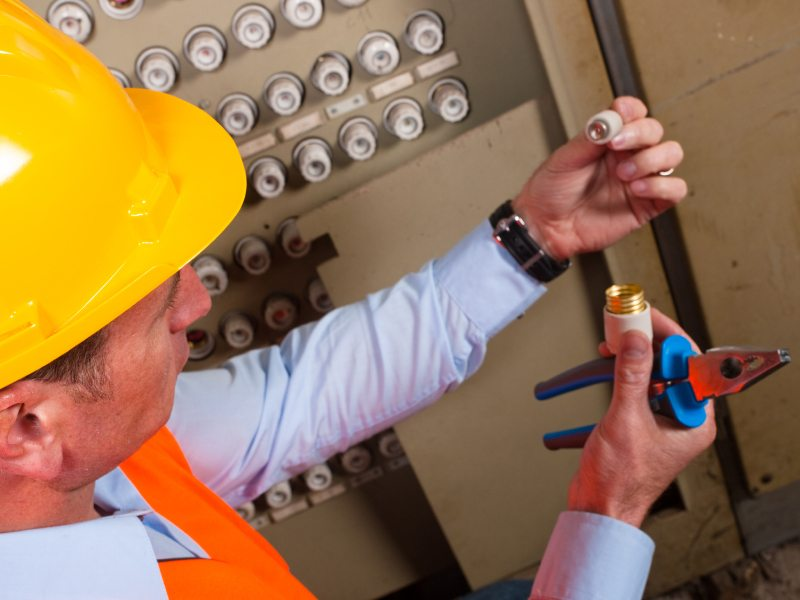 How to craft a skilled trades resume - Workopolis Blog