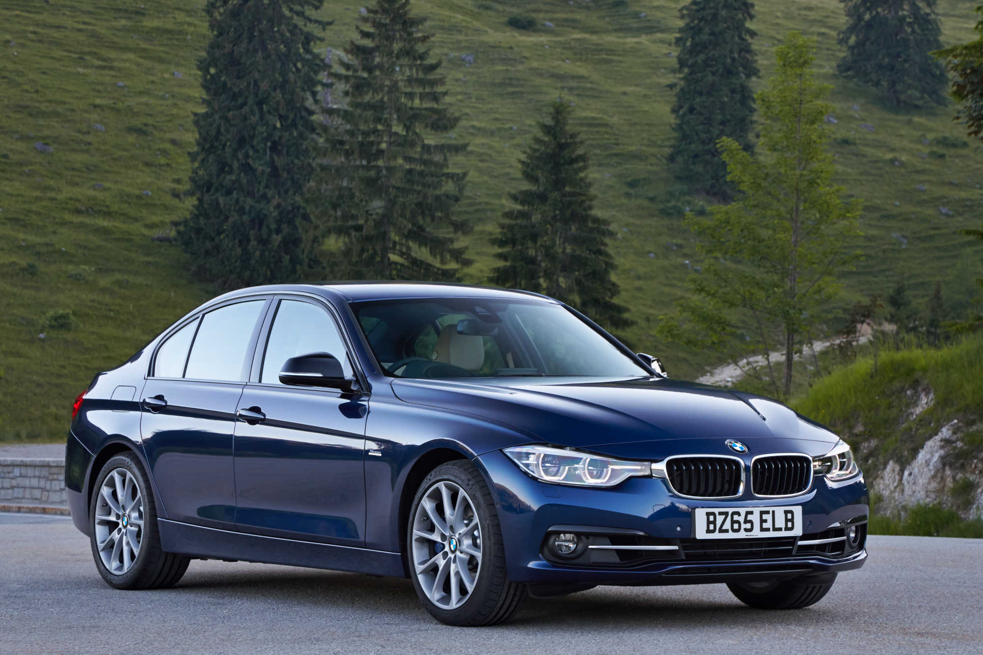 1 Series Saloon Bmw 3 Series Saloon Review Car Keys