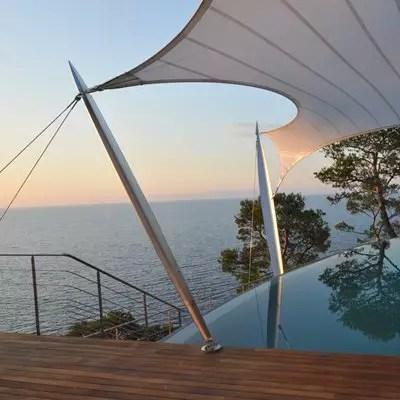 Sail Sculpture Villa Sorrentina