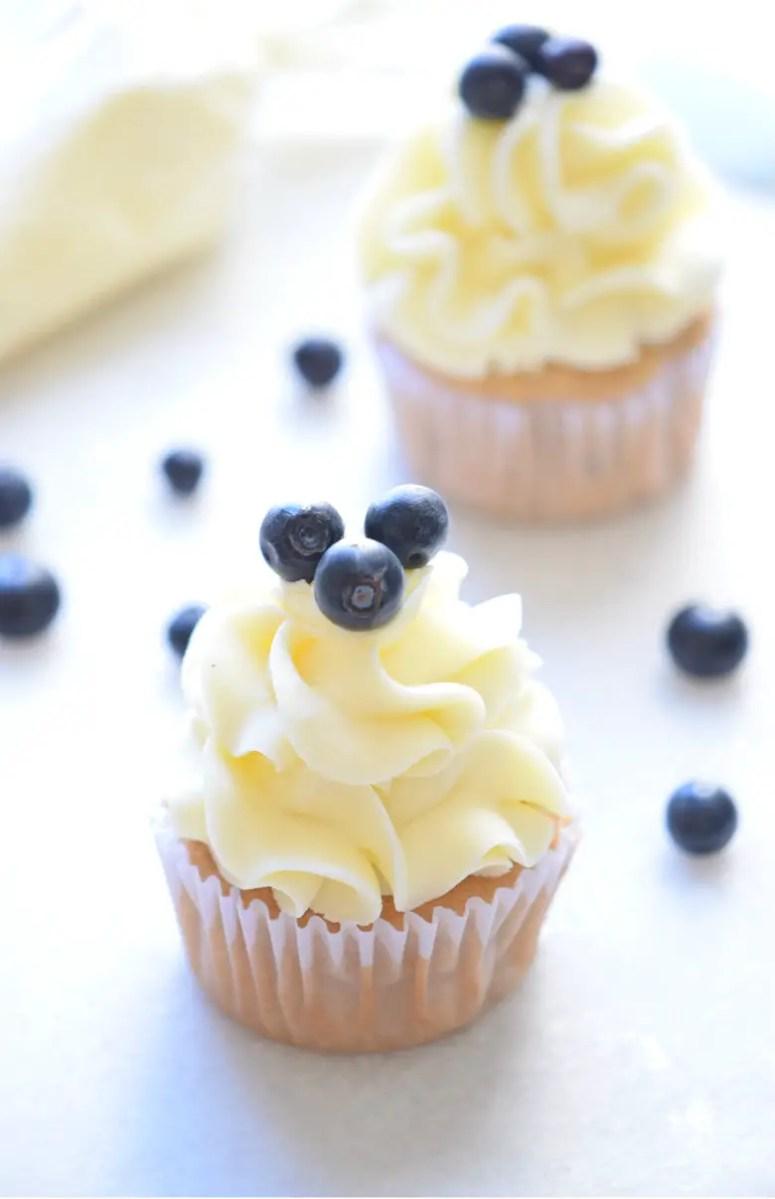 Mind Blowing Blueberry Cupcakes Recipe!! SO GOOD! | carmelapop.com