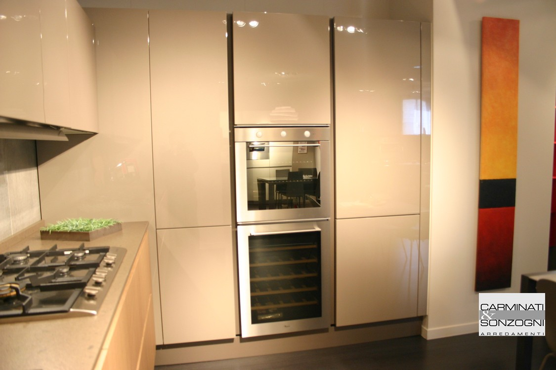 Cucina A Gas Outlet | Siematic Kitchen Interior Design Of Timeless ...