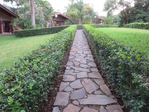 Poco Cielo Pathways
