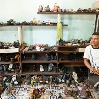 Shoe repair havana cuba entreprenuer cuentapropista