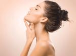 Colo, pescoço e mãos: Previna o envelhecimento nestas áreas