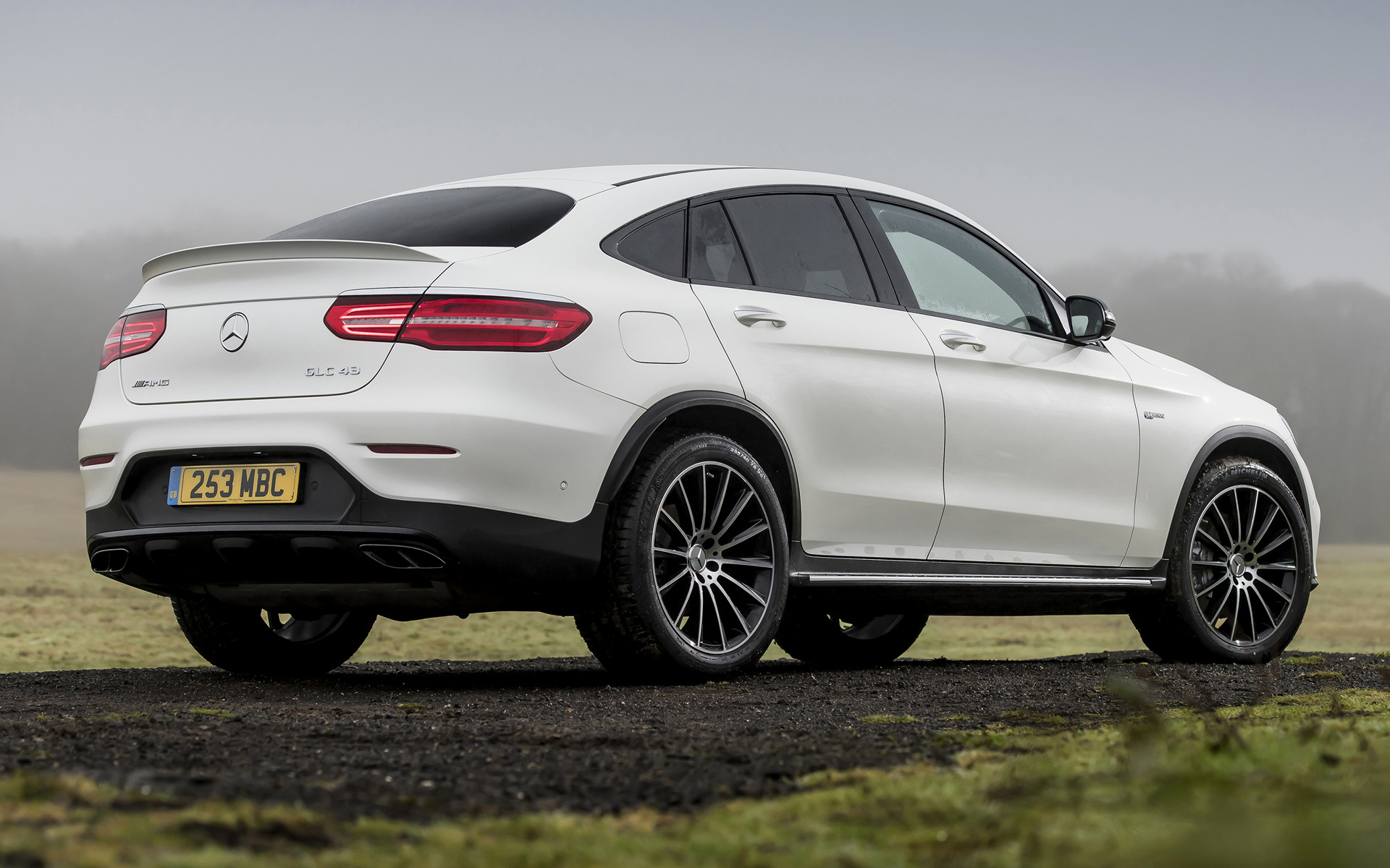 Car Jeep 2017 Mercedes-amg Glc 43 Coupe (uk) - Wallpapers And Hd