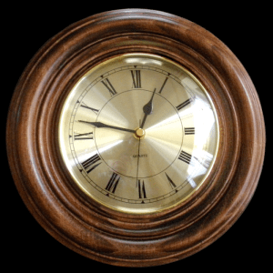Front_View_Classic_Round_Clock_700x700