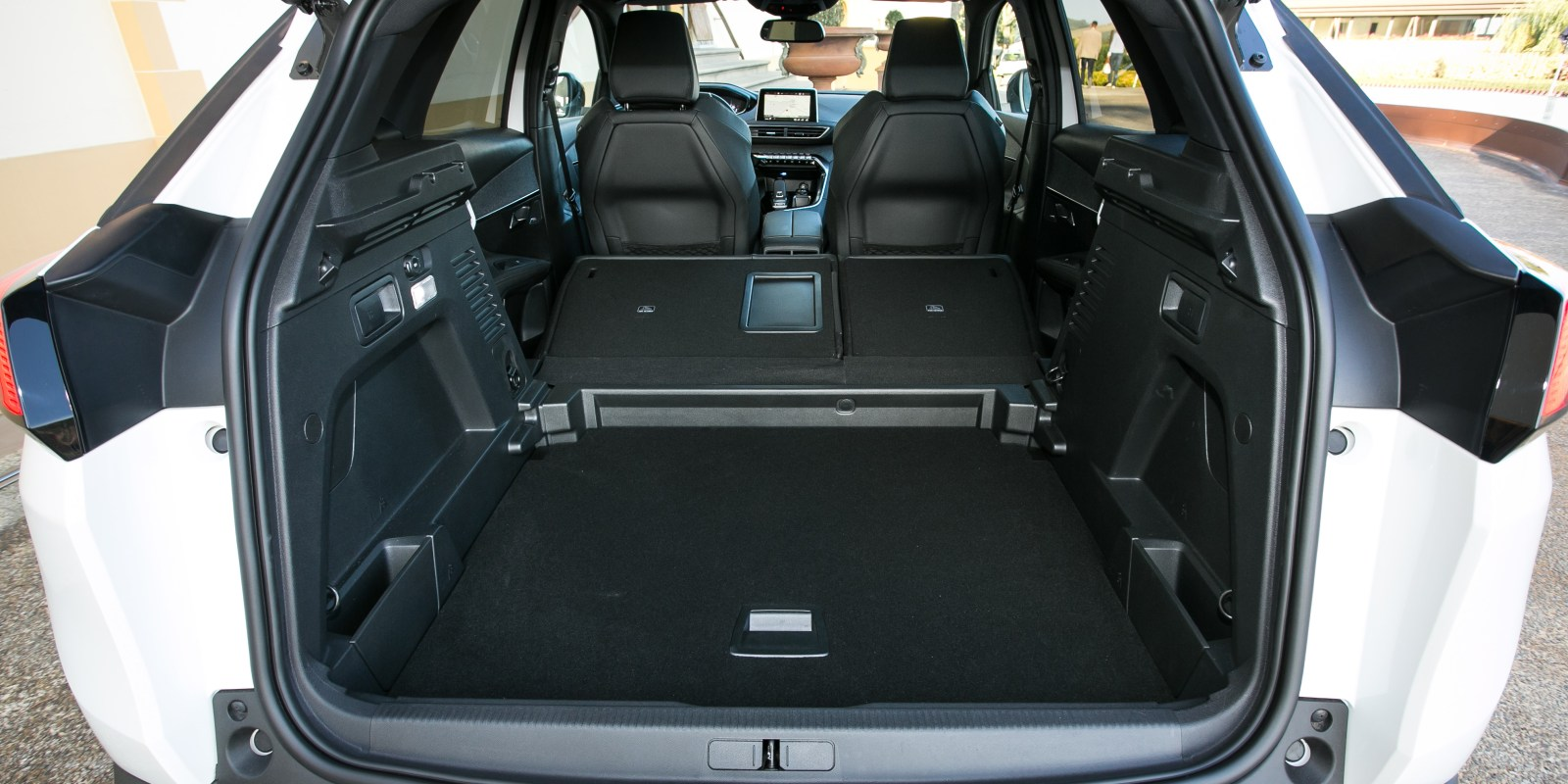 3008 Interieur Peugeot 3008 Review Carwow