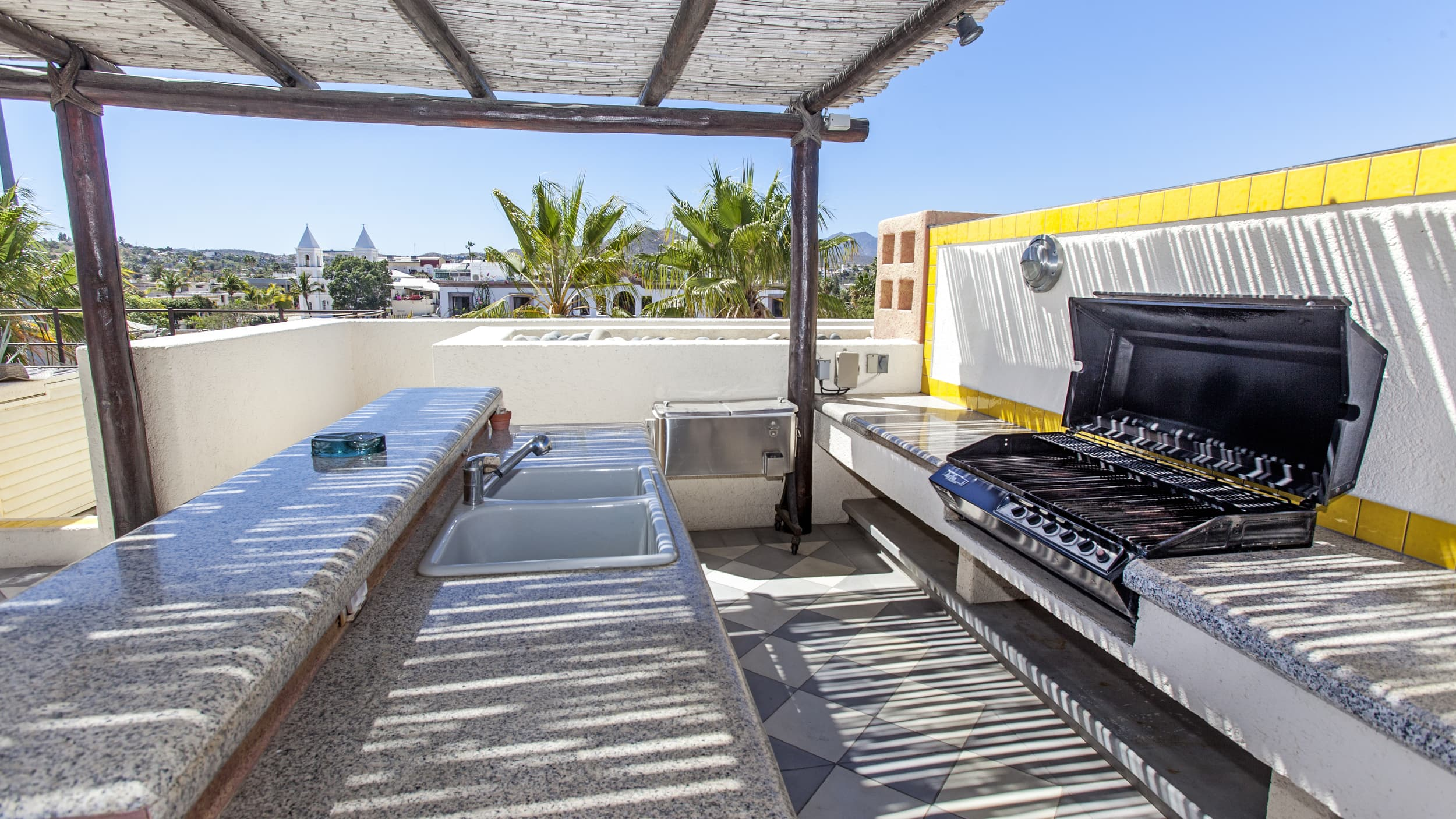 Grill Terrasse Sky Suite Roof Top Terrace Pegola And Grill Area Hotel Casa Natalia
