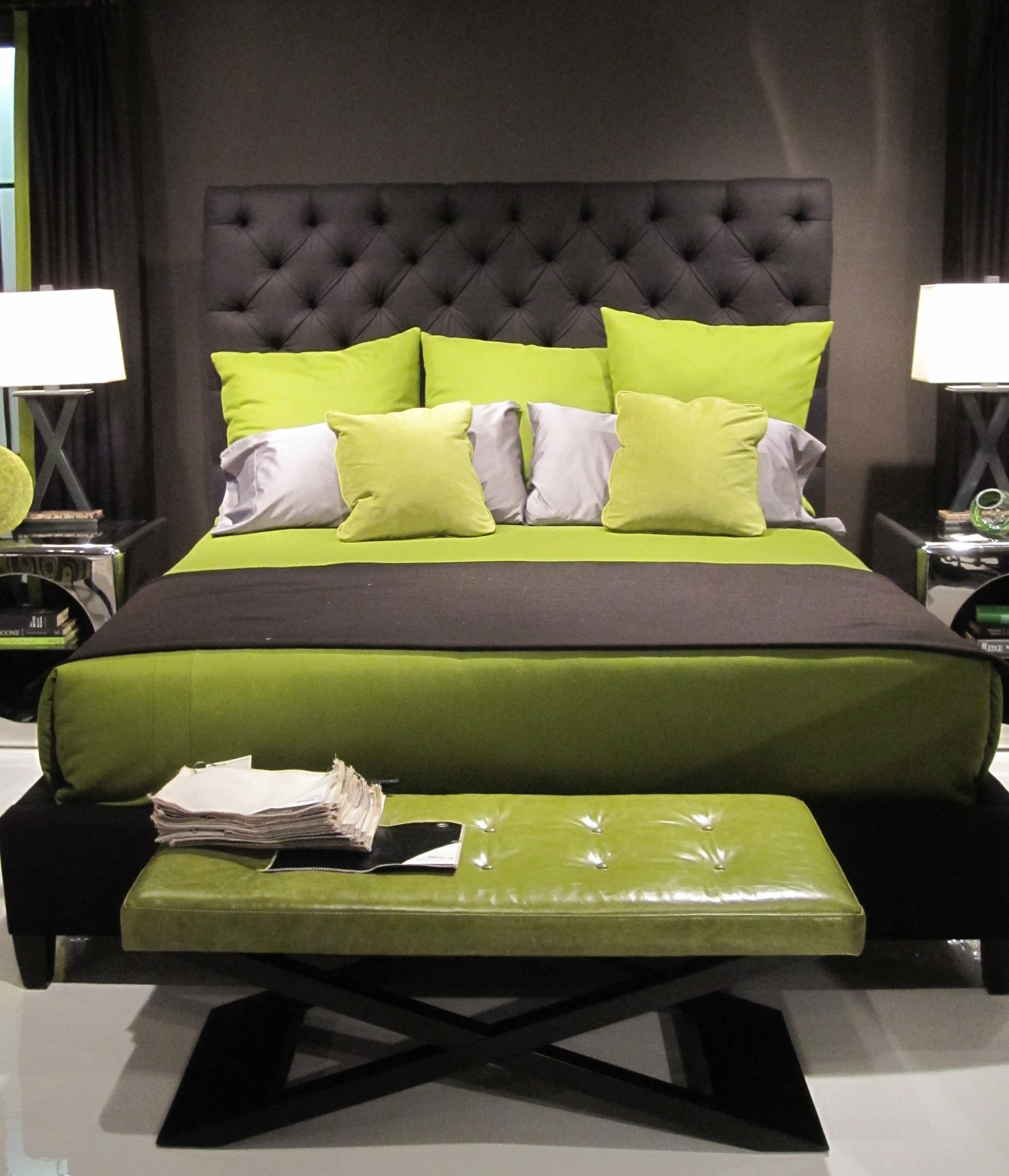 Black White And Green Bedroom 1000 43 Ideas About Green Bedding On Pinterest Lime Green