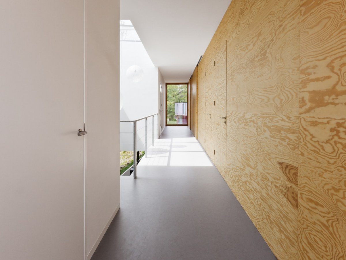 Plywood Door Designs For Rooms Couloir Moderne