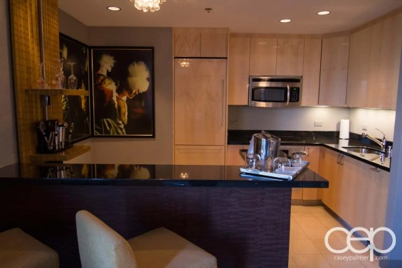 The Cosmopolitan Wraparound Terrace Suite — Den —