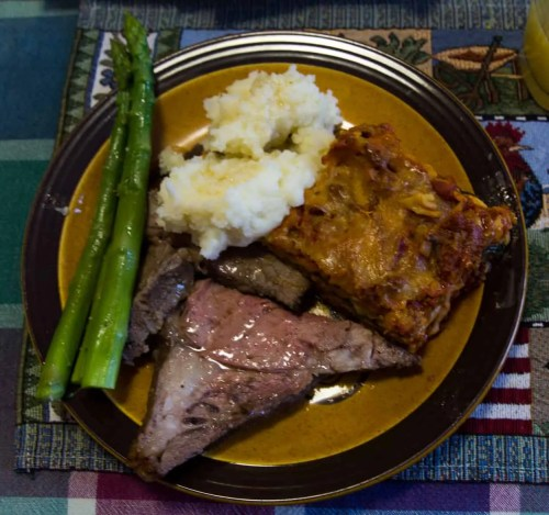 #100HappyDays — Day 5 — Home Cooking at My Parents' Place — Roast Beef, Lasagna, Mashed Potatoes and Asparagus