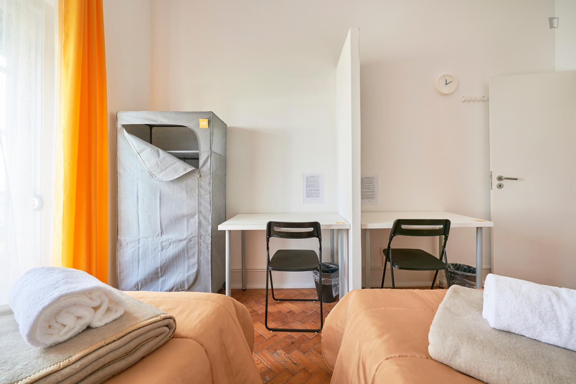 Bed In 2 Bed Shared Room Close To Instituto Superior Técnico De Lisboa Lisbon Student Accommodation