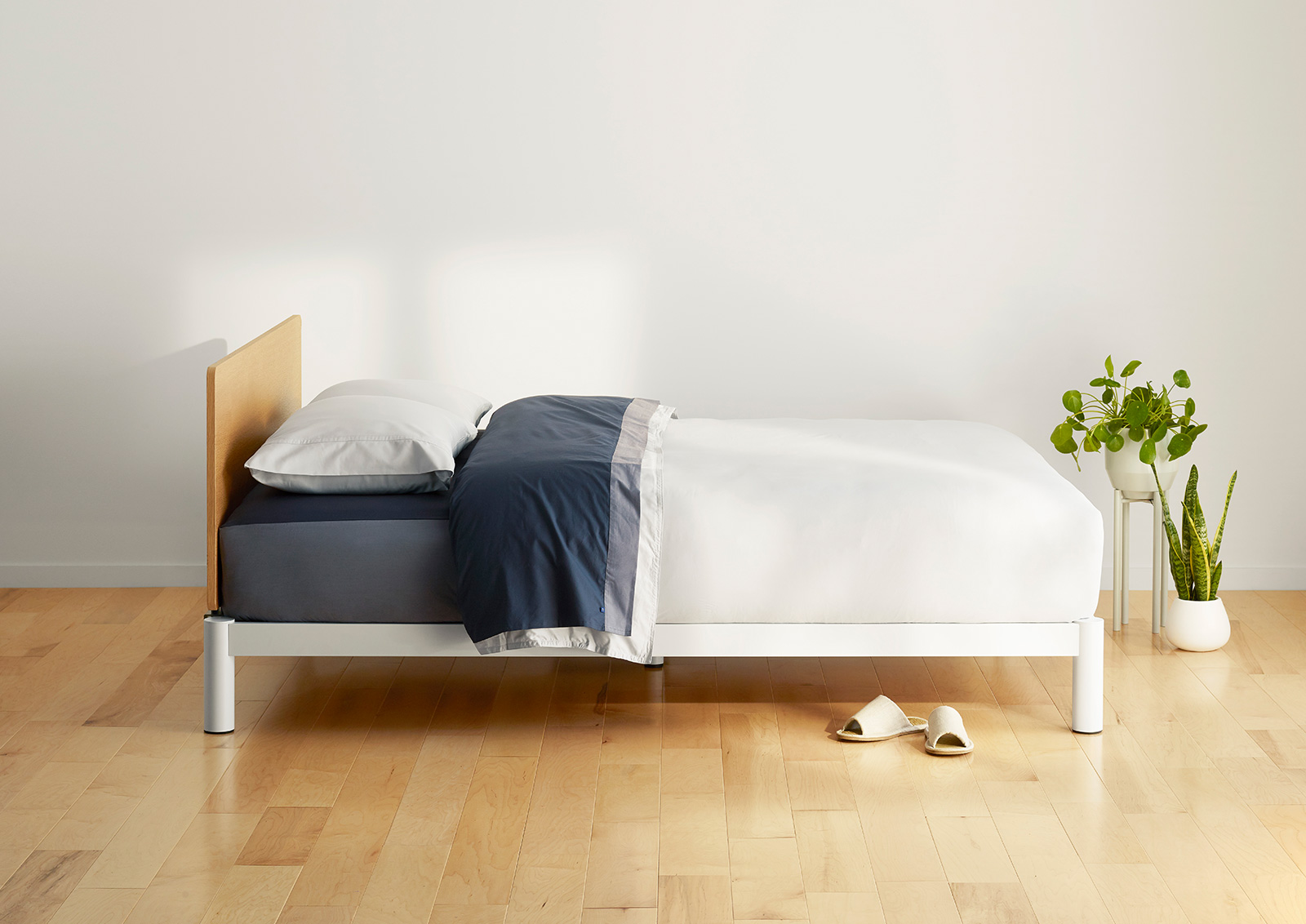 Is A Platform Bed Comfortable The Platform Bed Casper A Beautiful Platform Bed Fit For A