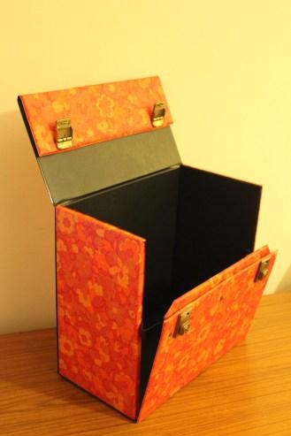 vintge vinyl record box
