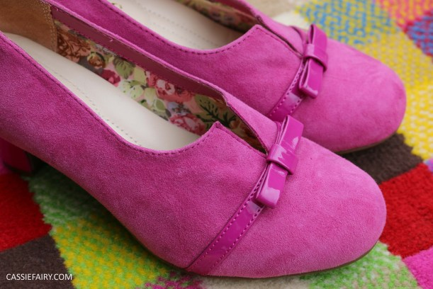 comfortable classy stylish shoes fashion trend for blog awards ceremony from hotter-2