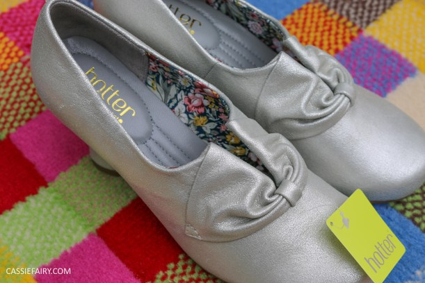 comfortable classy stylish shoes fashion trend for blog awards ceremony from hotter-4