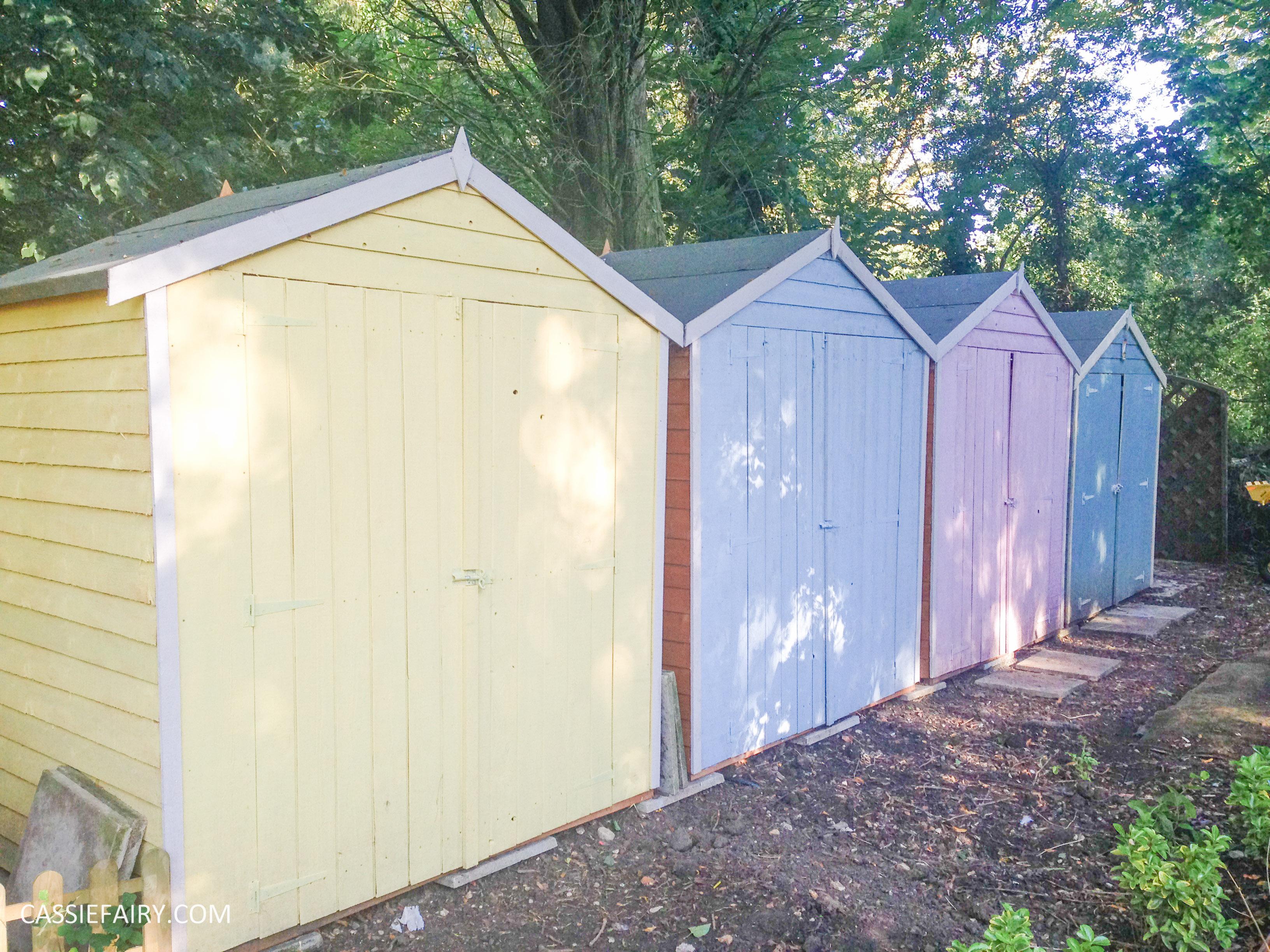 Summer hut designs crowdbuild for for Beach hut designs