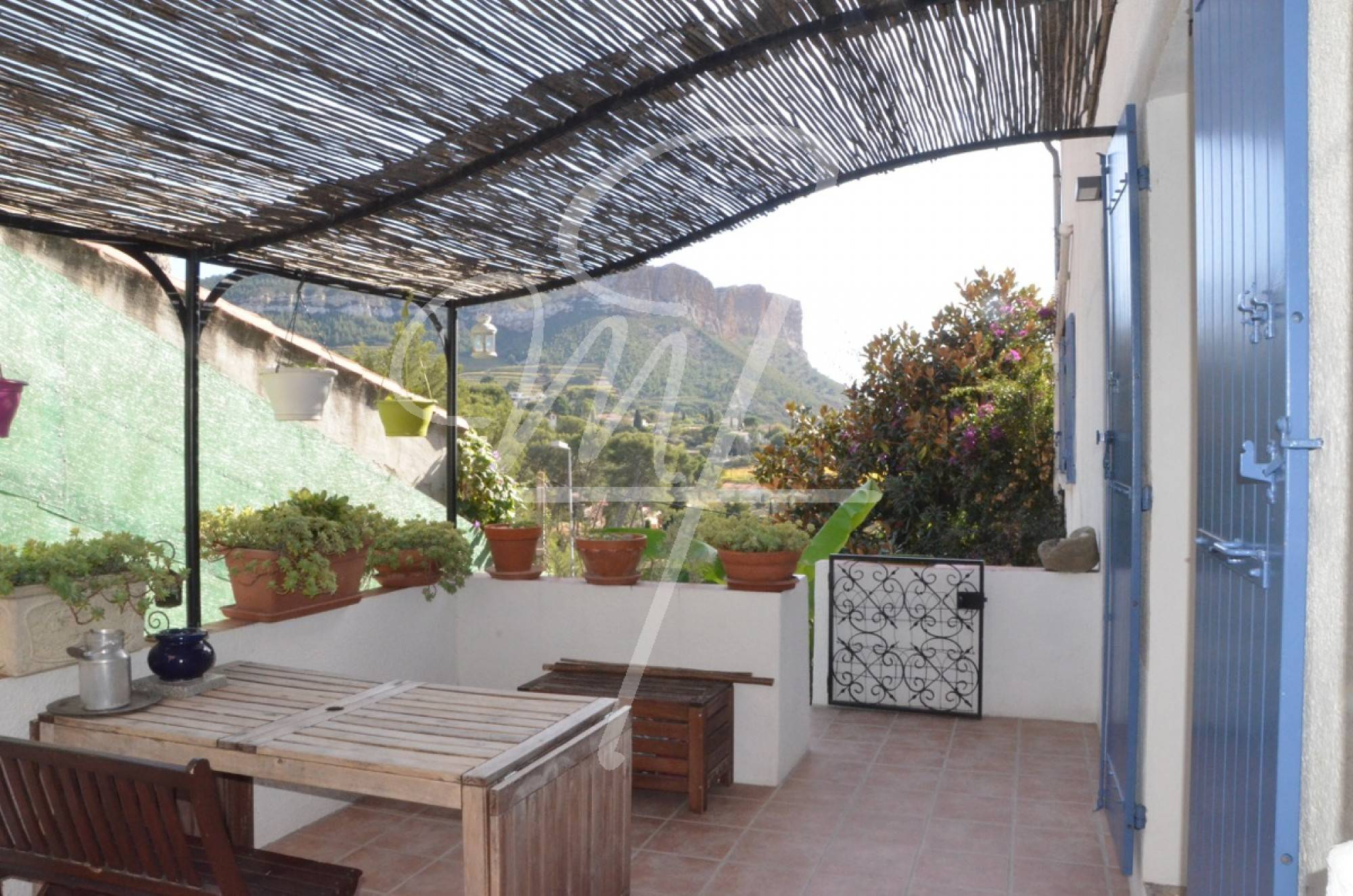 Terrasse Privative Ventes Appartement T2 F2 Cassis 1 Km Du Centre Terrasse Place De