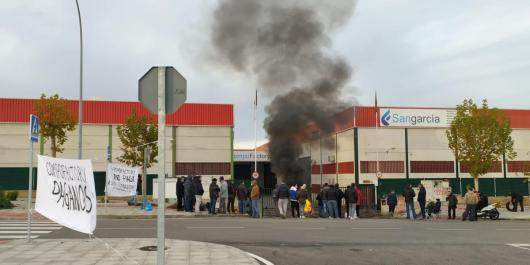 Huelga en Compo Factory