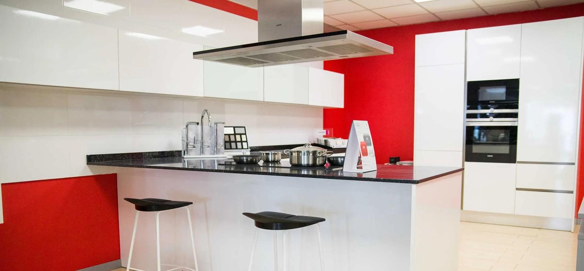 Materiales Para Muebles De Cocina | Herramientas Para Sacar Las Puertas