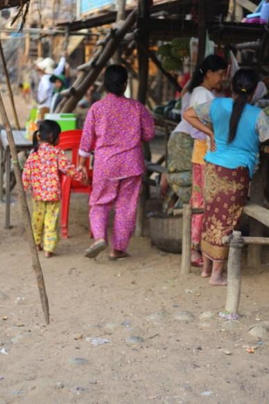 pessoas de pijama Cambodia