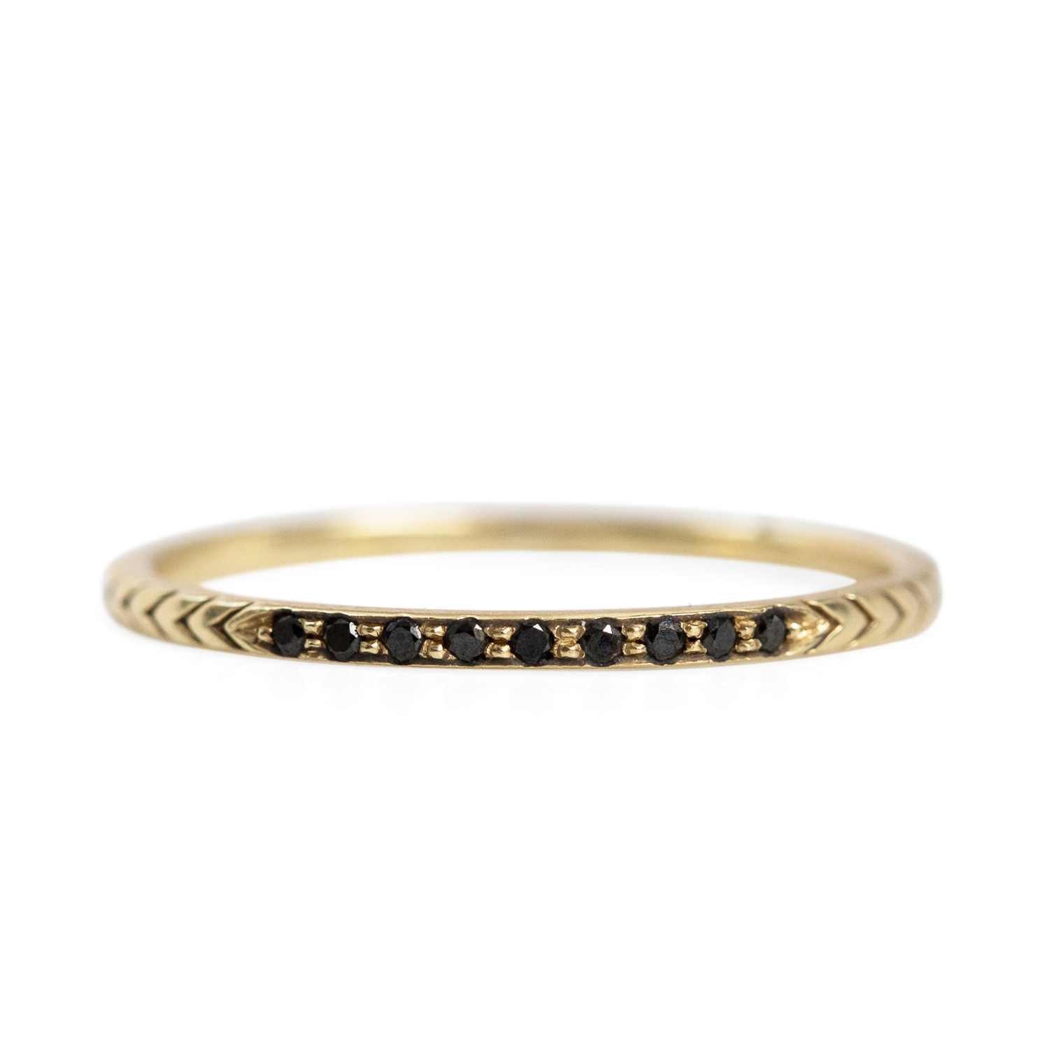 Black Diamond Petite Arrow Band Black Diamond