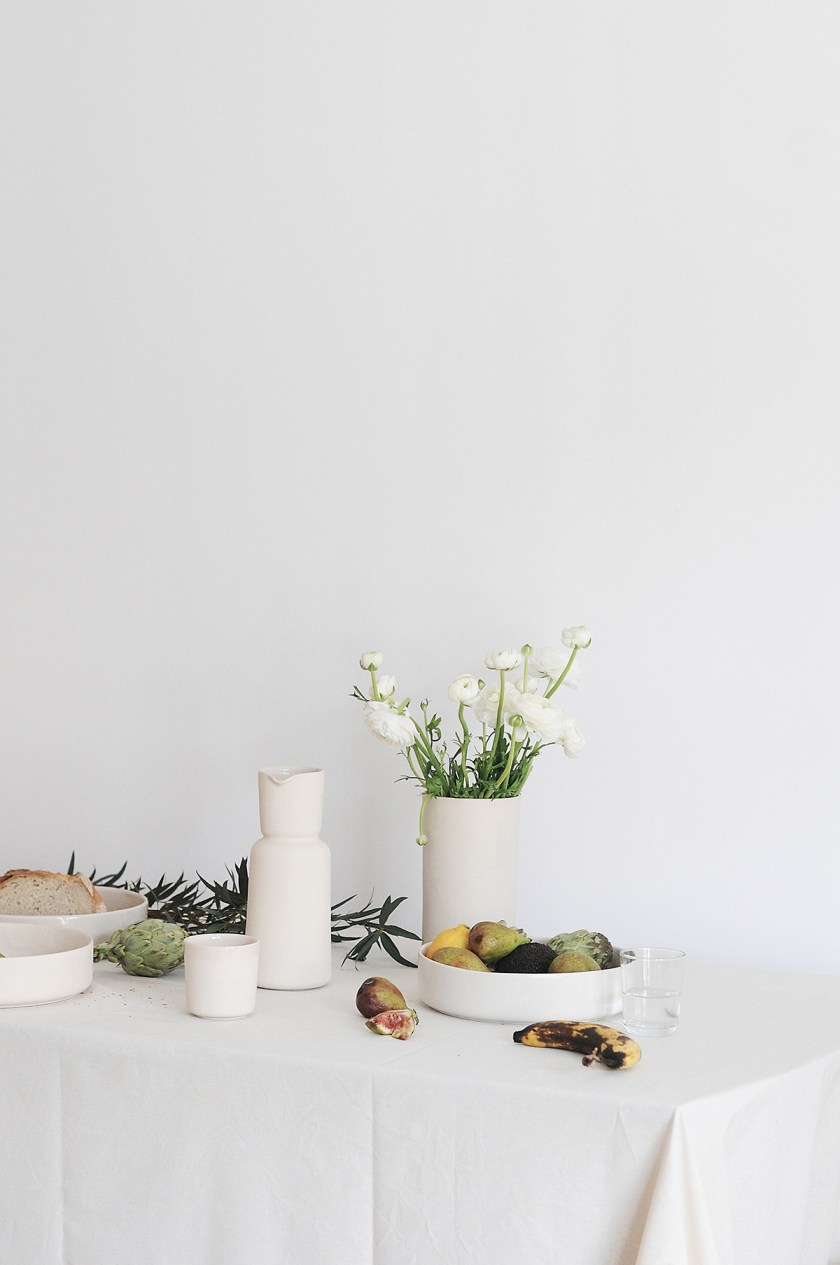 Simple stoneware by Mleko Living