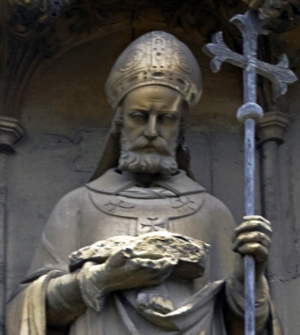 detail of a statue of Archbishop Lanfranc, Canterbury Cathedral