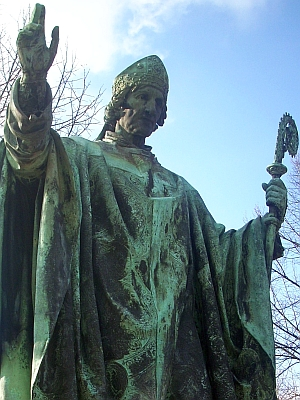 detail of a statue of Saint Bernward of Hildesheim, artist unknown; Hildesheim, Domhof, Germany; photographed on 24 February 2009 by Rabanus Flavus; swiped off Wikimedia Commons