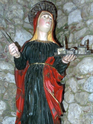 statue of Saint Symphorosa, Tossicia, Teramo, Abruzzo, Italy; artist unknown; photographed on 24 March 2013 by Infinitispazi; swiped off Wikipedia