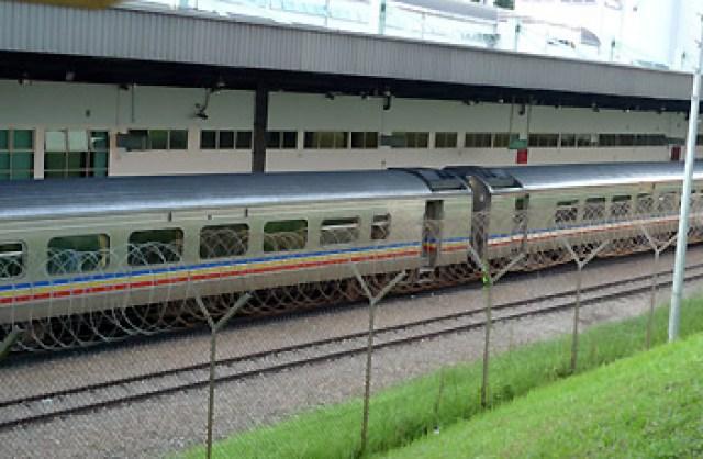 KTM intercity train, Singapore - Malaysia ( sumber www.seat61.com )