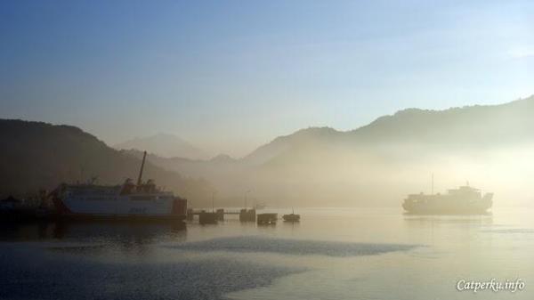 Pelabuhan Lembar, tujuan akhir jika menyeberang dari Pelabuhan Padang Bai