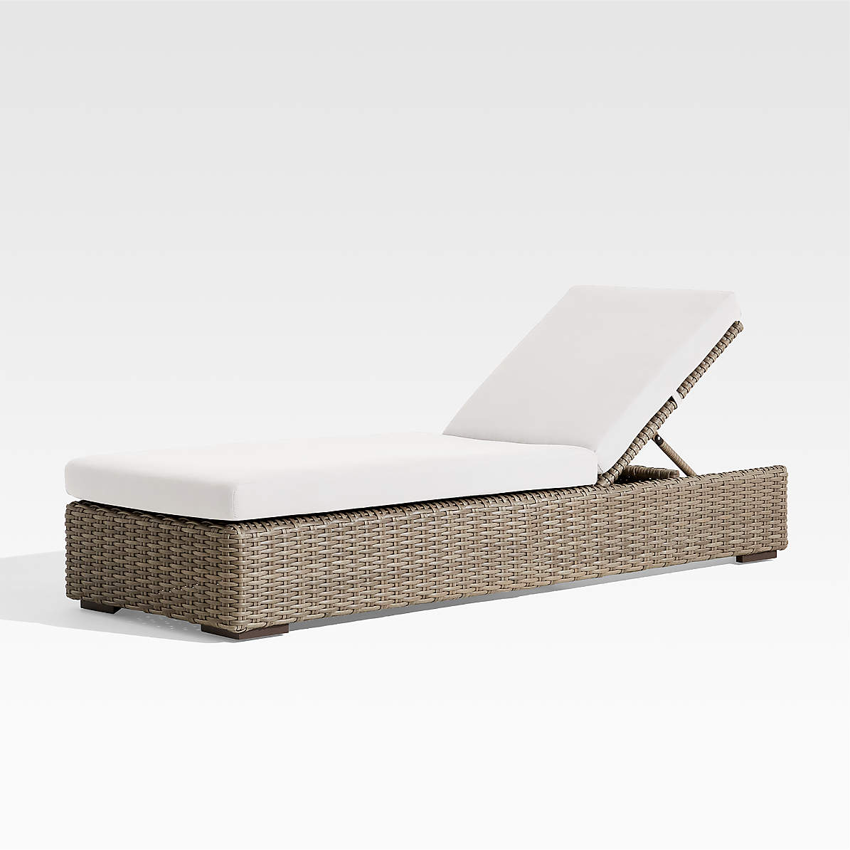 Abaco Outdoor Chaise Lounge With White Sand Sunbrella Cushion Reviews Crate And Barrel
