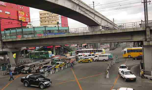 Will Metro Manila commute improve with a new traffic czar?