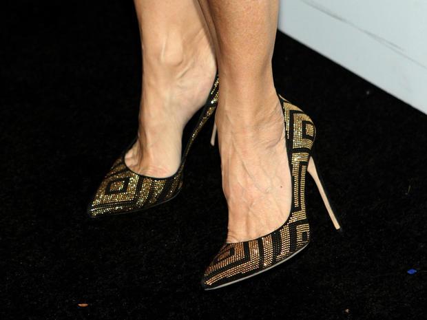 Mila Kunis Famous Feet High Heels On The Red Carpet