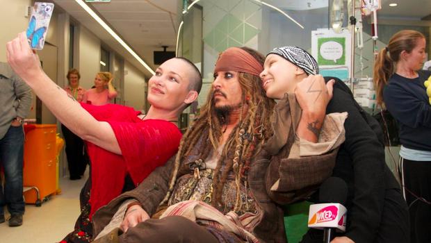 Johnny Depp visits children's hospital in Australia dressed as pirate