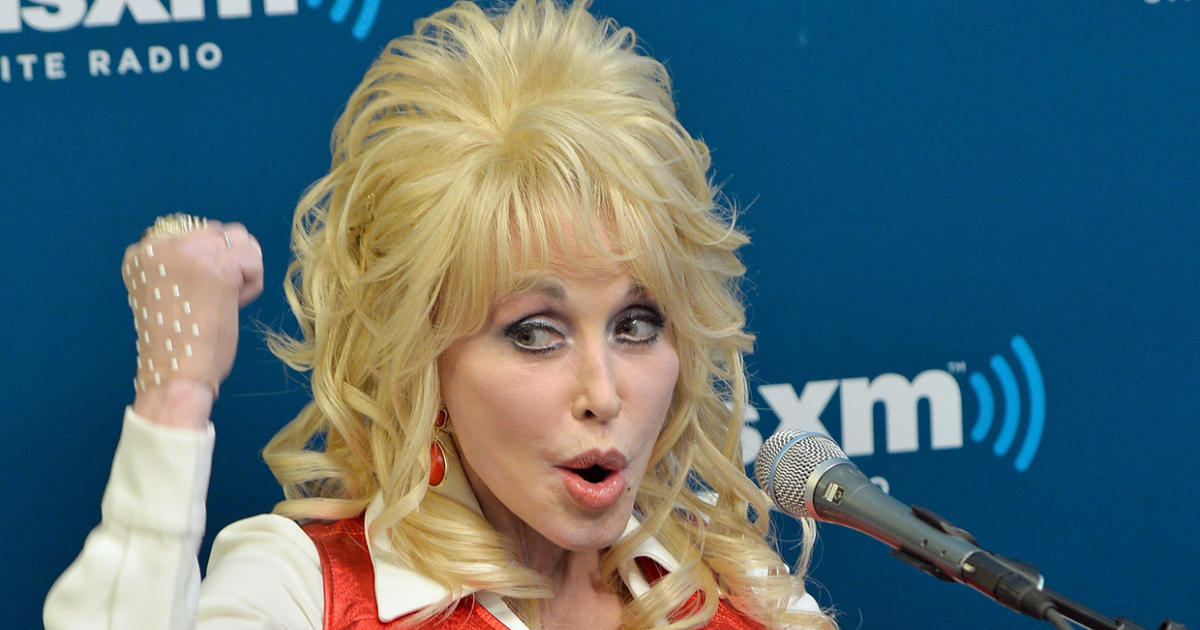 Iphone X Live Wallpaper App Dolly Parton Clarifies That She Was Not Endorsing Hillary
