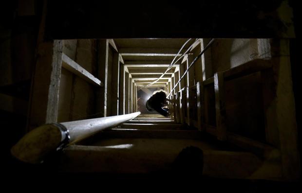 el chapo escape video tunnel