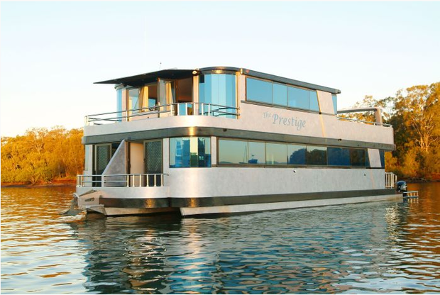 best houseboats