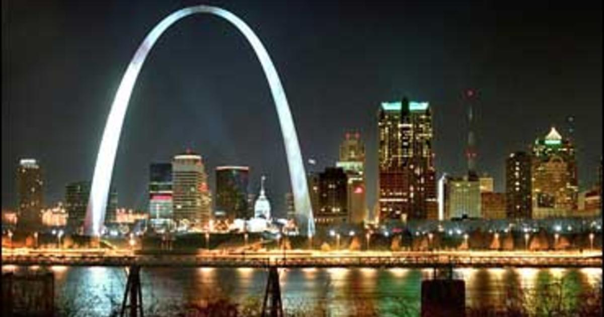 Fireworks Live Wallpaper Iphone 240 Trapped For Hours In St Louis Arch Cbs News