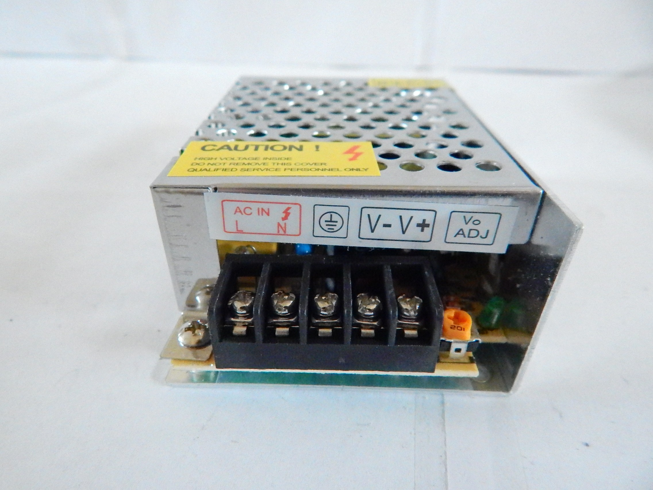 1 Alimentation Transformateur 12 Volts 5 A Eclairage Leds