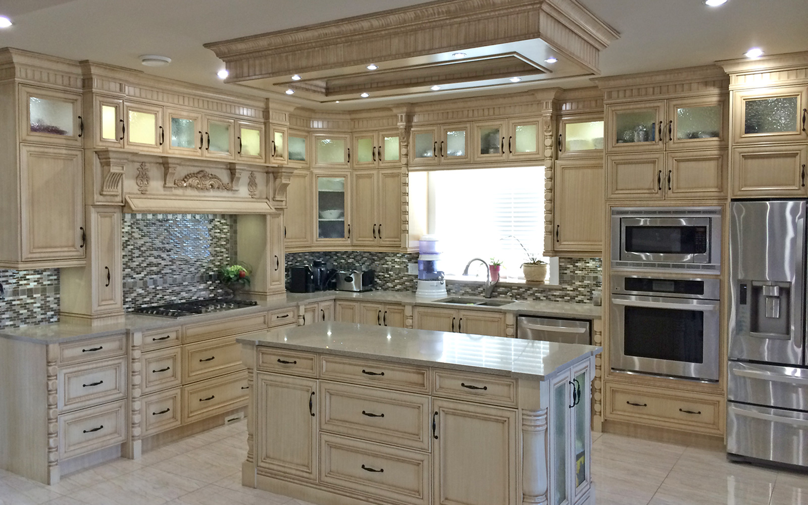 Custom kitchen cabinets beautiful affordable custom for Custom kitchen remodeling